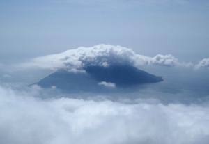 八丈富士からみる小島