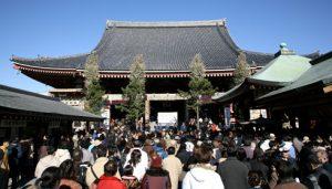 東京の観光スポットとして人気の浅草寺