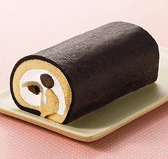 節分黒豆と黒みつのもっちロール 301円(税抜325円)