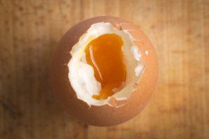 味つきではなくシンプルなゆで卵で
