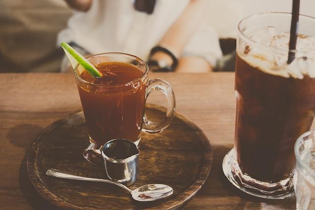コーヒー・アルコールは冷えを促進してしいます